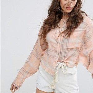 FREE PEOPLE cutie plaid cropped oversized F10